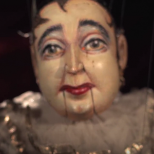 Full length documentary about a marvellous 94 year old marionette artist and his attic full of puppets.